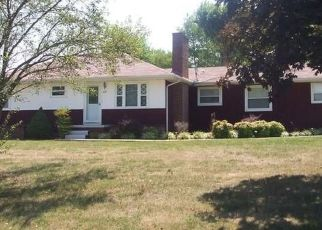 Foreclosed Home in Knoxville 37912 WITHLOW DR - Property ID: 4458099365