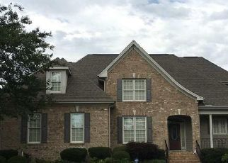 Foreclosed Home in Apex 27539 ORCHARD CREST CT - Property ID: 4458103753