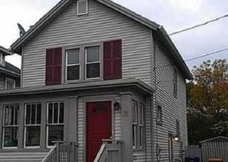 Foreclosed Home in Lockport 14094 N TRANSIT ST - Property ID: 4458217175