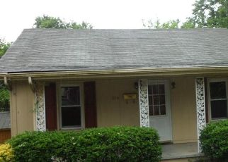 Foreclosed Home in Knoxville 37917 ADAMS AVE - Property ID: 4458282436