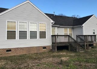 Foreclosed Home in Suffolk 23434 HOLBROOK ARCH - Property ID: 4458311794