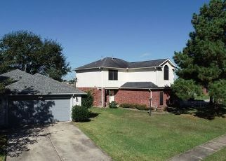 Foreclosed Home in Tomball 77377 DRUM HELLER LN - Property ID: 4458332817