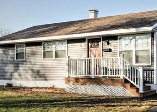 Foreclosed Home in Thornton 60476 INDIANWOOD DR - Property ID: 4458348579