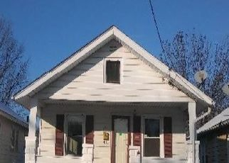 Foreclosed Home in Peoria 61603 E MELBOURNE AVE - Property ID: 4458360395