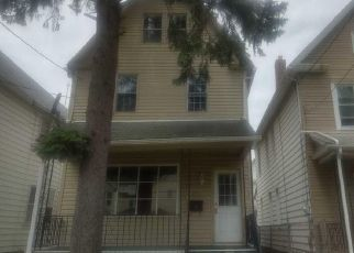 Foreclosed Home in Wilkes Barre 18702 S FRANKLIN ST - Property ID: 4458417332