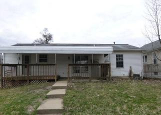 Foreclosed Home in Peoria 61604 W BRONS AVE - Property ID: 4458425661