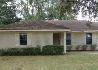 Foreclosed Home in Saint Marys 31558 POWDER HORN RD - Property ID: 4458430924