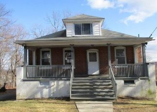 Foreclosed Home in Waterbury 06708 VISTA PL - Property ID: 4458451947