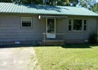 Foreclosed Home in Cleveland 37311 PARKER AVE SW - Property ID: 4458506686
