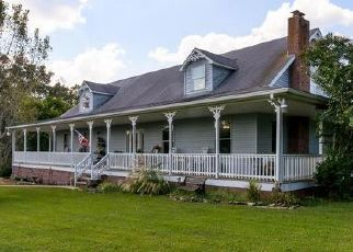 Foreclosed Home in Greenbrier 37073 GREENBRIER CEMETERY RD - Property ID: 4458525513