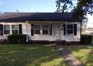 Foreclosed Home in Duncan 73533 N 22ND ST - Property ID: 4458545221