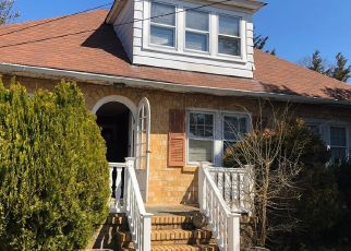 Foreclosed Home in Atlantic Highlands 07716 LEONARDVILLE RD - Property ID: 4458547860