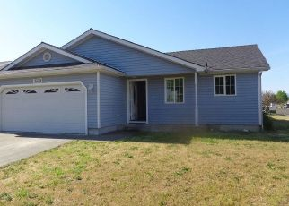 Foreclosed Home in White City 97503 AVENUE C - Property ID: 4458634123