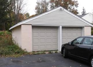 Foreclosed Home in Pequannock 07440 GREENVIEW DR - Property ID: 4458695900