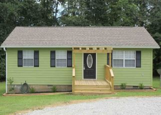 Foreclosed Home in Huntingdon 38344 SMYRNA RD - Property ID: 4458721732