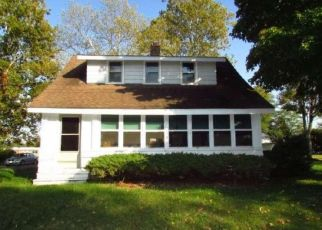Foreclosed Home in Thorofare 08086 GROVE RD - Property ID: 4458827723