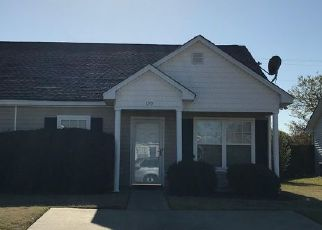Foreclosed Home in West Columbia 29169 SALUDA WOODS CT - Property ID: 4458911815