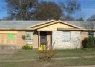 Foreclosed Home in Dallas 75217 OLUSTA DR - Property ID: 4458962166