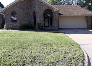 Foreclosed Home in Lawton 73507 NE STRATFORD CIR - Property ID: 4458976180