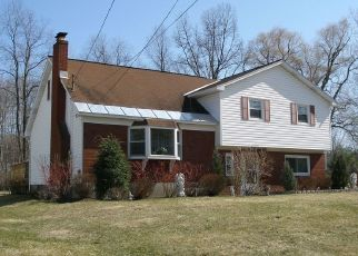 Foreclosed Home in Schenectady 12309 DOUGLAS CT - Property ID: 4459016933