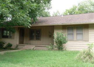 Foreclosed Home in Teague 75860 S 6TH AVE - Property ID: 4459056788
