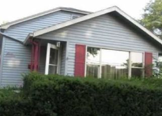 Foreclosed Home in Hastings 68901 N SAUNDERS AVE - Property ID: 4459178534
