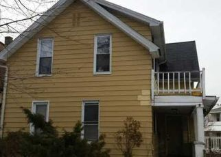 Foreclosed Home in Toledo 43605 ELLIS AVE - Property ID: 4459191676