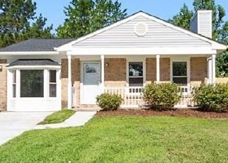 Foreclosed Home in Virginia Beach 23462 ADDISON CT - Property ID: 4459386571