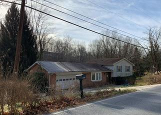 Foreclosed Home in Harrisburg 17110 DOEHNE RD - Property ID: 4459388319