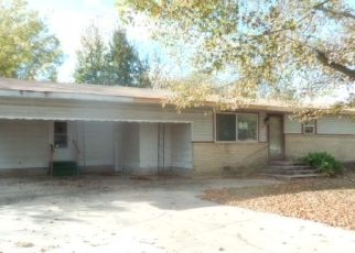 Foreclosed Home in Warner 74469 7TH AVE - Property ID: 4459420289