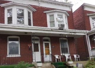 Foreclosed Home in Harrisburg 17103 BOAS ST - Property ID: 4459440896
