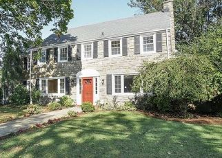 Foreclosed Home in Drexel Hill 19026 SHADELAND AVE - Property ID: 4459450518