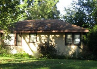 Foreclosed Home in Minneapolis 55428 KENTUCKY AVE N - Property ID: 4459497826