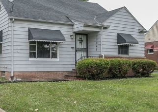 Foreclosed Home in Maple Heights 44137 BOWLING GREEN RD - Property ID: 4459505256