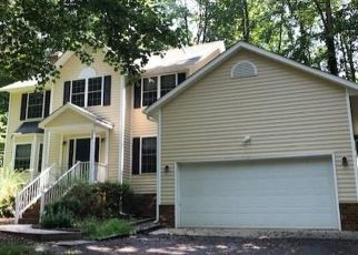 Foreclosed Home in Ruther Glen 22546 LAKE CAROLINE DR - Property ID: 4459507898