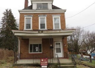 Foreclosed Home in Pittsburgh 15221 ROSS AVE - Property ID: 4459604243