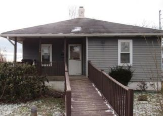 Foreclosed Home in Bethel Park 15102 MAPLE ST - Property ID: 4459611244