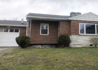Foreclosed Home in Milton 25541 DREW ST - Property ID: 4459633591