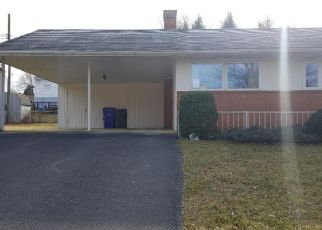 Foreclosed Home in Hagerstown 21742 HAVEN RD - Property ID: 4459684389
