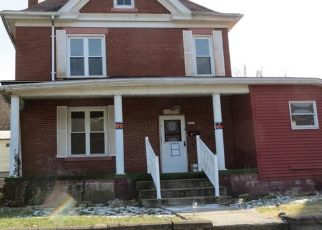 Foreclosed Home in Brownsville 15417 WATER ST - Property ID: 4459685262