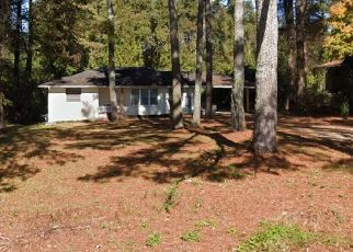 Foreclosed Home in Decatur 30034 RAINBOW DR - Property ID: 4459702799