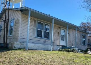 Foreclosed Home in Denison 75021 S HOUSTON AVE - Property ID: 4459743520