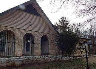 Foreclosed Home in Oklahoma City 73135 SE 48TH ST - Property ID: 4459753149
