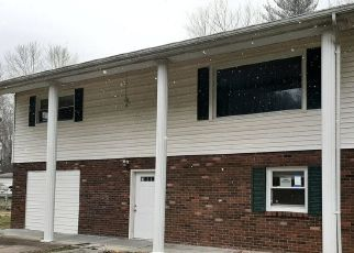 Foreclosed Home in Somerset 42501 RUSH BRANCH RD - Property ID: 4459949817