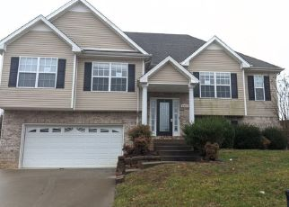 Foreclosed Home in Clarksville 37040 OUTFITTERS DR - Property ID: 4459966449