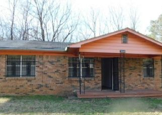 Foreclosed Home in Arlington 38002 INGLEWOOD PL - Property ID: 4460031267