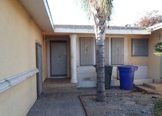 Foreclosed Home in Pomona 91768 ARROYO DR - Property ID: 4460097402