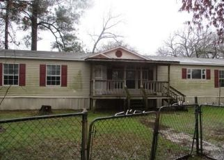 Foreclosed Home in Frankston 75763 FOREST HILL DR - Property ID: 4460145584