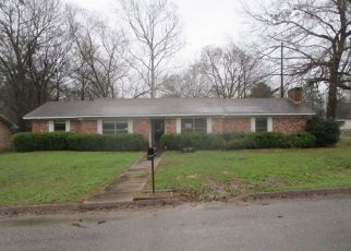 Foreclosed Home in Longview 75604 BERNICE ST - Property ID: 4460153464