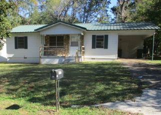 Foreclosed Home in Henderson 75654 LAURINDA ST - Property ID: 4460162671